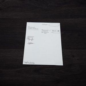 test tenu feuille stylo marqueur feutre verso